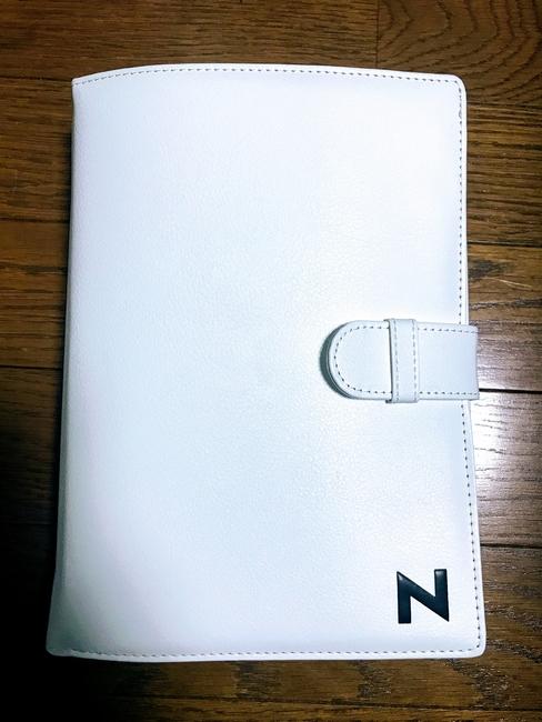 限定の白いNシリーズ車検証入れ^^