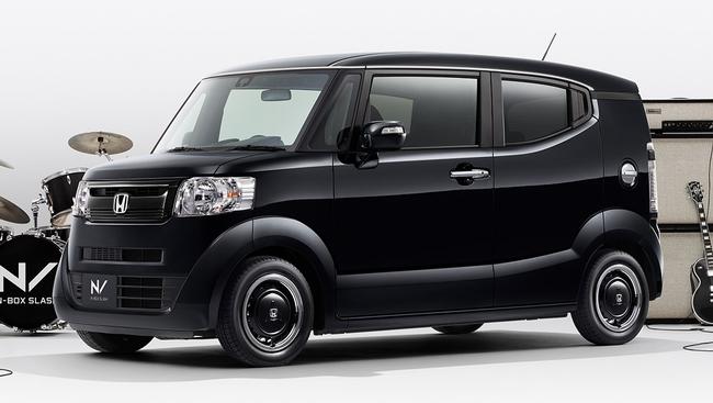 「N-BOX スラッシュ」にオールブラックにこだわった特別仕様車「インディロックスタイル」発売!
