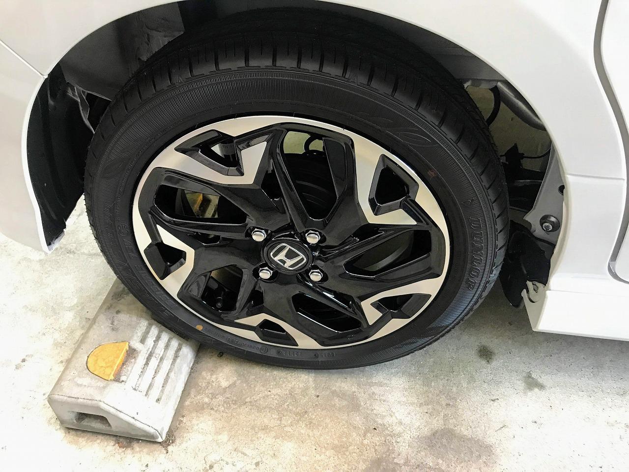 今回も新型N-BOXの新車装着タイヤは「ダンロップ エナセーブ(ENASAVE) EC300」でした^^;