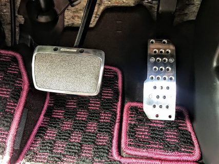 新型N-BOXカスタムの契約時無限パーツPart.2「アルミ製無限スポーツペダル」^^