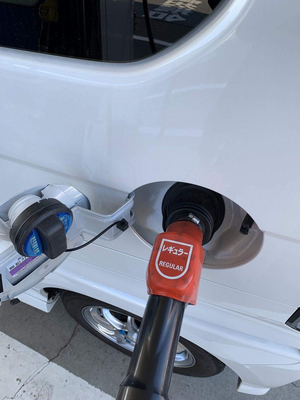 N-BOXでの給油で最安値!ガソリンが安くなって嬉しいですね^^