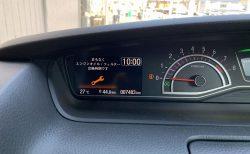 エンジンオイル交換時期のアナウンスがエンジンを掛ける度に表示されるので1年点検時期を早くしてもらいました^^;