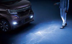 N-BOX「おもてなしフォグライトシステム」暗闇での自車前方をフォグライトで明るくするディーラーオプションが気になる^^