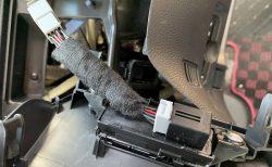 改良型N-BOX(JF3/JF4)用アイドリングストップキャンセラー取り付けました♪取り付け作業&使用感レビュー!