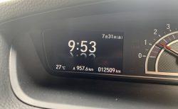 N-BOXカスタムのマルチインフォメーションディスプレイの時計表示をアナログからデジタル時計に変更しました^^