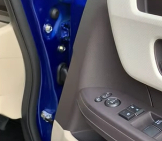 N-BOX(JF3)のボルト隠し用のホンダ純正キャップボルトカバーを買ってみた^^