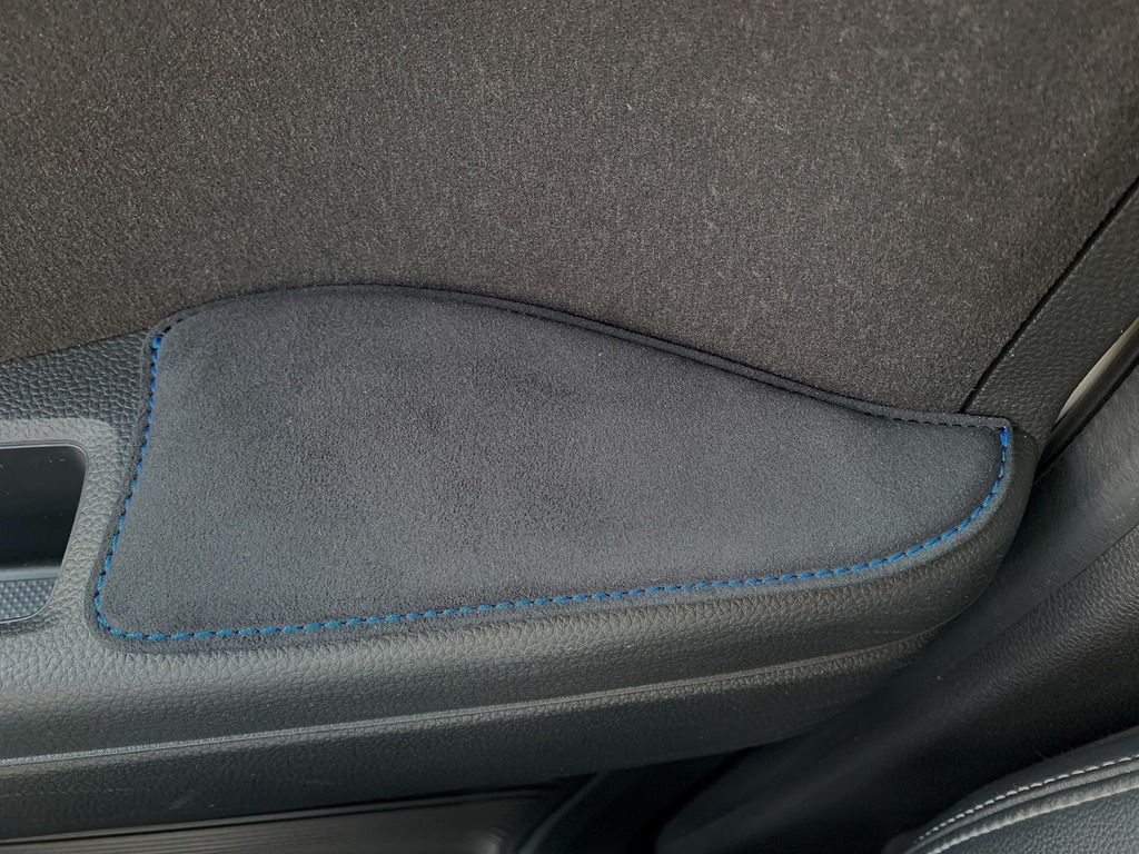 N-BOX(JF3/4)用ドア内側スエード調肘置き・アームレストパッド装着&使用感レビュー!